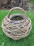 random willow basket made by Mel Bastier